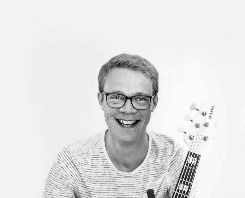 Bassist Jan Primke