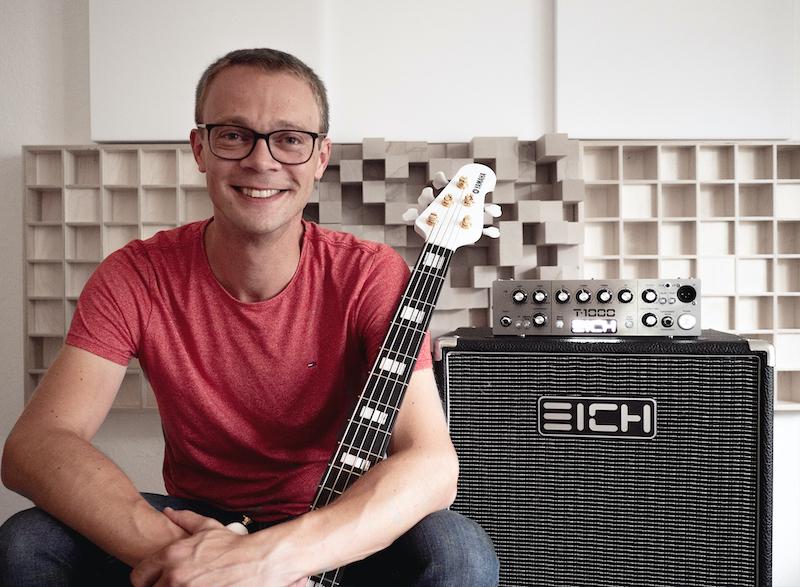 Jan Primke Bassist YAMAHA EICH AMP